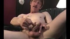 Cute Mature Amateur Thomas Jacking Off Thumb