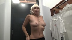 Blonde no panties in the sports store fucks her pussy in the fitting room Thumb