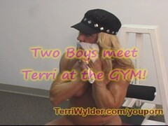 Terri swallows cum at GYM while working out Thumb