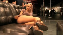 Horny xxx clip Voyeur try to watch for pretty one Thumb