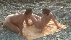 Husband makes cunnilingus mature wife on the beach. Wife get Thumb