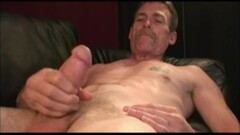 Kinky Mature Amateur Scott Jerks Off Thumb